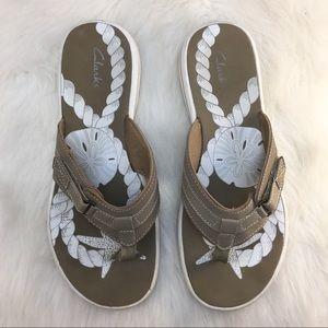 Clark's Breeze Sea flip flop sandals